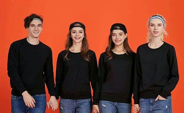 同学聚会大家穿什么定制服装才有纪念意义